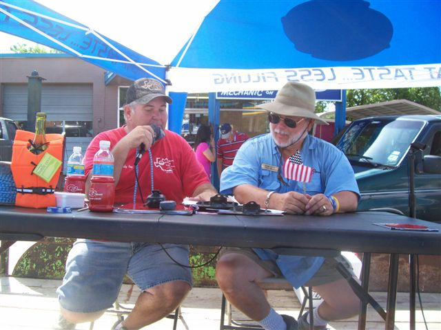 Billy Ray of Marine Outlet & Rick Smith broadcasting Belton 4th of July parade